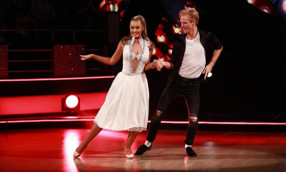UTE AV DANSEN: Martine Lunde er ute av konkurransen, men er ikke bitter. Foto: TV 2