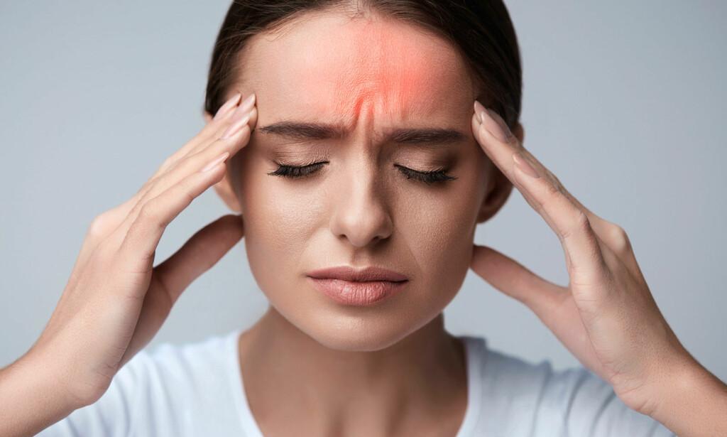 STRESSHODEPINE: Tidspress, gjerne kombinert med lite søvn, er en vanlig årsak til spenningshodepine. Foto: NTB Scanpix/Shutterstock