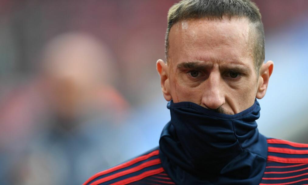 KLIKKET: Franck Ribery var alt annet enn fornøyd etter helgas tap mot serieleder Dortmund. Foto: REUTERS/Andreas Gebert