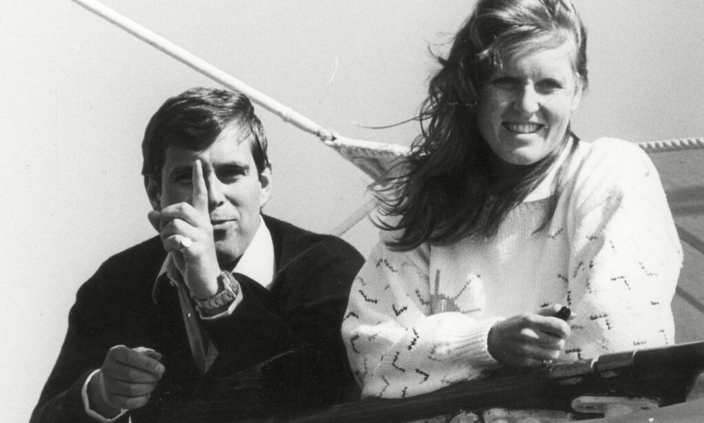 SKANDALMAKER: At the beginning of the 90s, it was difficult to open a newspaper without seeing Prince Andrew and his wife photographed. It was often because of the scandals in which they were involved. Here they were photographed in 1984, two years before the wedding. Photo: NTB scanpix
