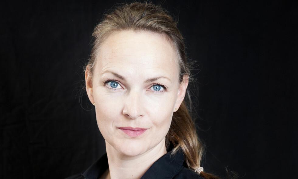 DEBUTANT: «Galopp for den svarte hesten» er Emely Benedicte Kahrs debutroman. Foto: Anna-Julia Granberg/Blunderbuss/Cappelen