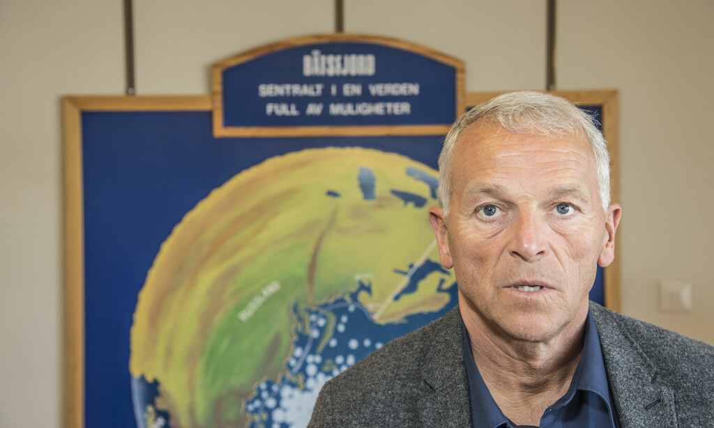 SHOCKED MAYOR: - I am shocked by what has transpired. I have never seen anything like it. We were not aware of anything like this, says Mayor Geir Knutsen after seeing the employment contract for «Saldus».