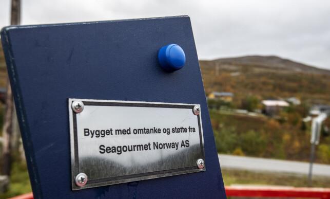 SAMFUNNSANSVAR: Krabbefabrikkens eier er rask til å trekke fram samfunnsansvaret fabrikken står for i Båtsfjord. Den har blant annet sponset to lekeplasser.