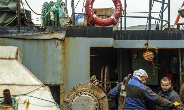 FORTSATT JOBB Å FÅ: Det er fortsatt jobb å få på «Saldus», selv om snøkrabbefisket er stengt. Dette bildet er tatt i september 2018.