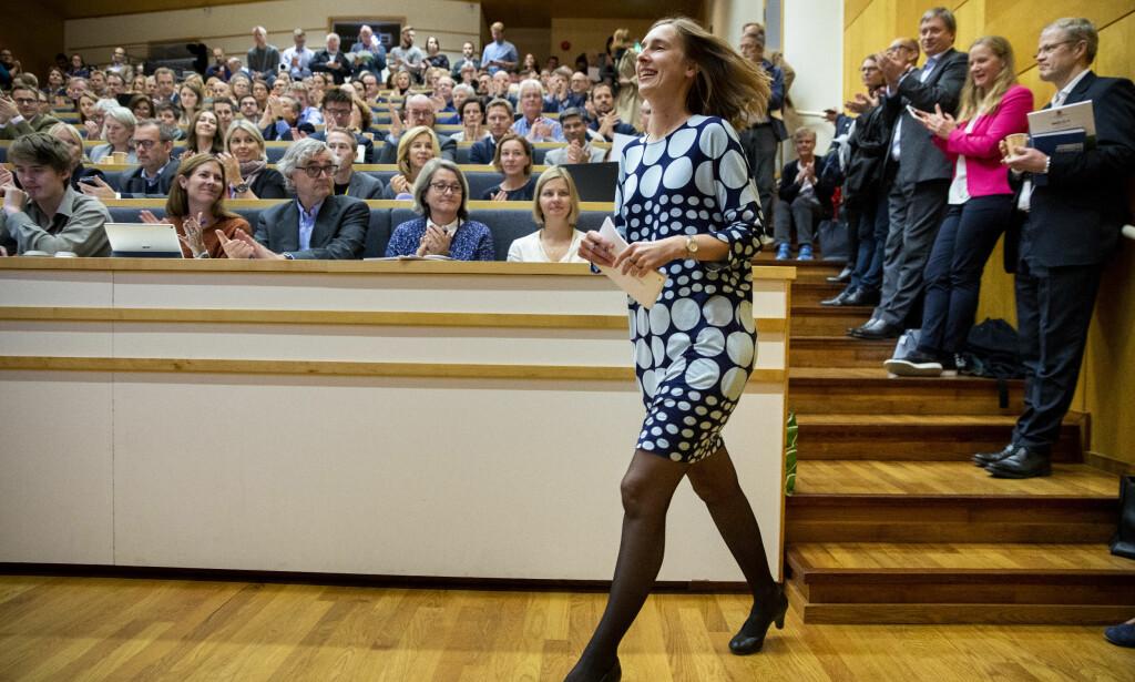 IKKE RETT PÅ FØRSTE FORSØK: Ikke alle treffer blink på første forsøk. Av og til må man innom ett år på idéhistorie for å innse at det var sykepleier man skulle bli, skriver innsenderne. Her er minister for forskning og høyere utdanning, Iselin Nybø (V), på besøk på Universitetet i Oslo i oktober. Foto: NTB scanpix
