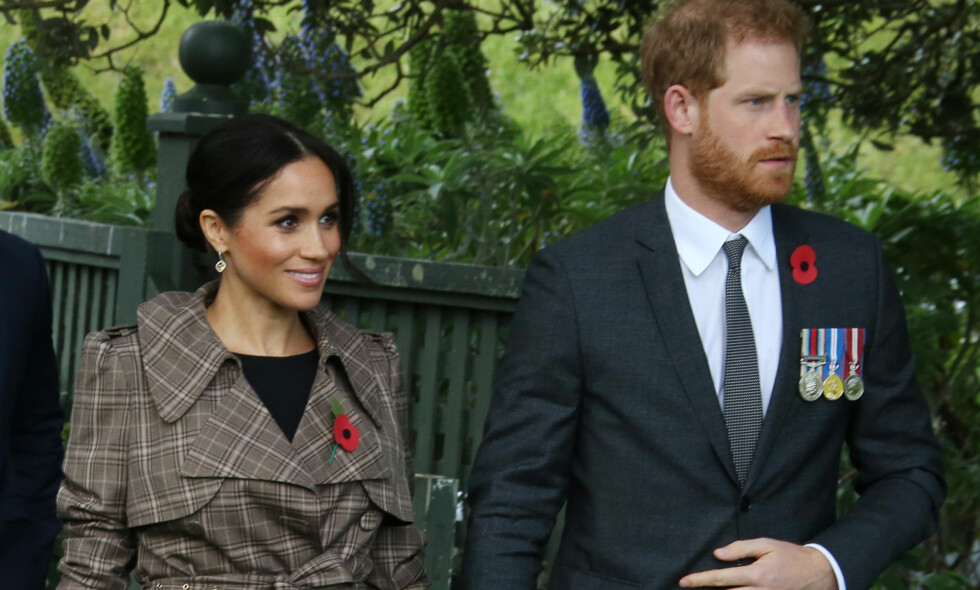 KLESVALG: I et tidligere intervju har hertuginne Meghan avslørt hvorfor hun ikke vil kle seg i venninnen Victoria Beckhams kjoler. Foto: NTB Scanpix