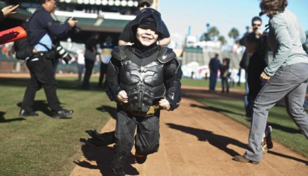 Kreftrammede Miles (5) skulle utropes til superhelt på Oscar-scenen