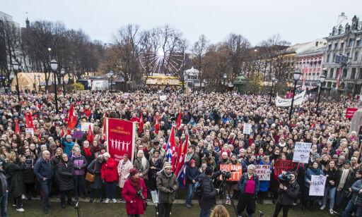 image: Abortdemonstrasjoner i 33 byer: - Skremt over at vi må demonstrere mot dette