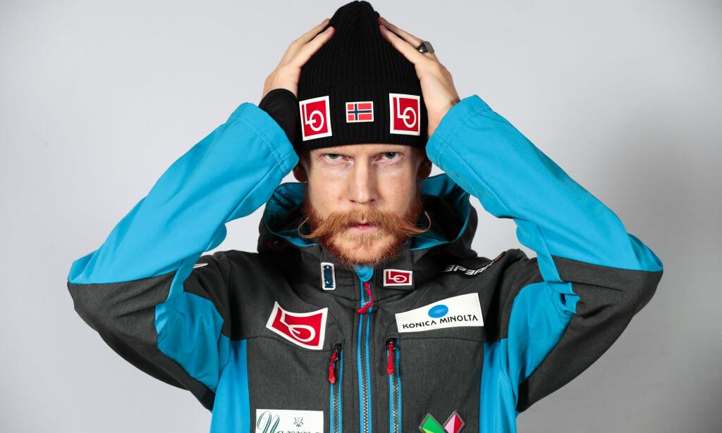 TABBE, MEN IKKE NOE MER: Robert Johansson tok feil dress på seg da Norge ble disket under det første verdenscuprennet. FOTO: Lise Åserud / NTB scanpix