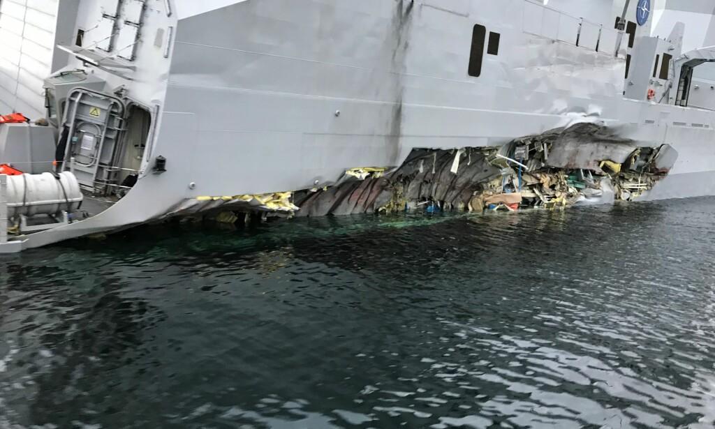 I LIVSFARE: Besetningen som sov i lugaren på styrbord side på fregatten KNM «Helge Ingstad» opplevde at de var i livsfare i løpet av sekunder da fregatten kolliderte med et tankskip. Foto: NTB Scanpix