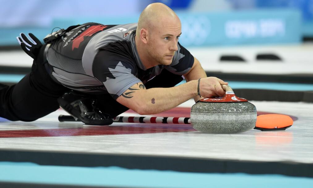 KASTET UT: Som del av et lag på fire, ble OL-vinner Ryan Fry kastet ut av curlingturneringen Red Deer Curling Classic søndag som følge av «uakseptabel oppførsel», skriver den kanadiske kringkasteren CBC. Foto: AFP / Getty / NTB Scanpix