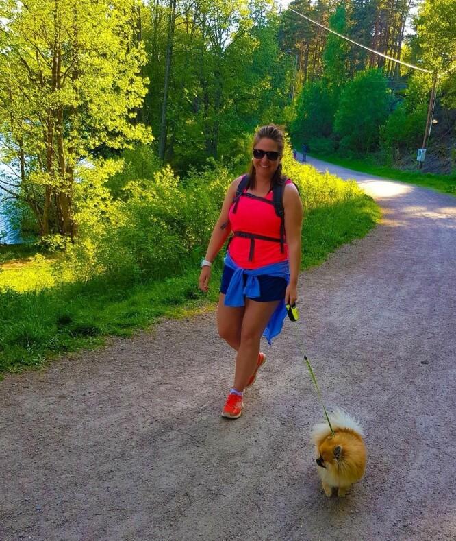 <strong>GIKK SEG BEDRE:</strong> Helene begynte med små turer på natta, men kom seg så ut i skogen. FOTO: Privat.