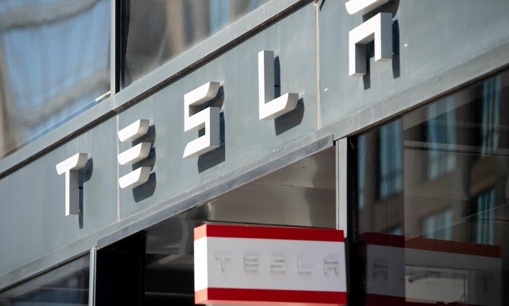 Tesla annonserer ny funksjon for mobilappen. Foto: AFP