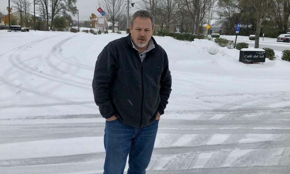 BLE SKOLESKYTTER: James Stevens (54) gikk i 1982 inn på Lake Braddock Secondary School i Virginia og tok lærere som gisler. Foto: Vegard Kristiansen Kvaale