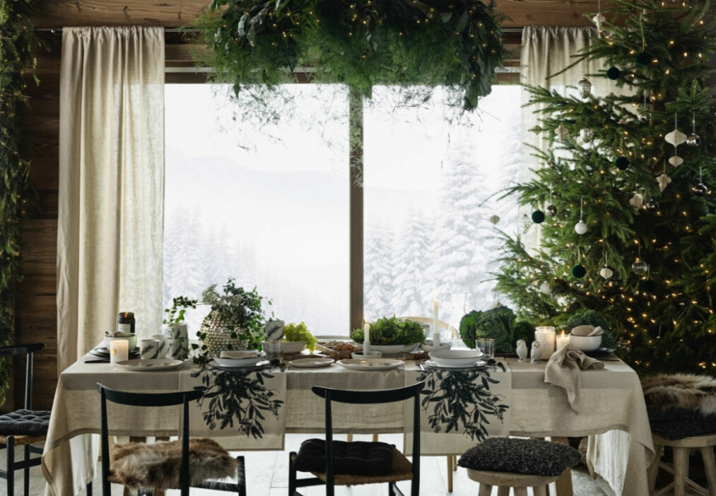 SNART JUL: Vi gleder oss så til jul og har gått til innkjøp av litt interiør som gir den ultimate stemningen. Foto: H&M