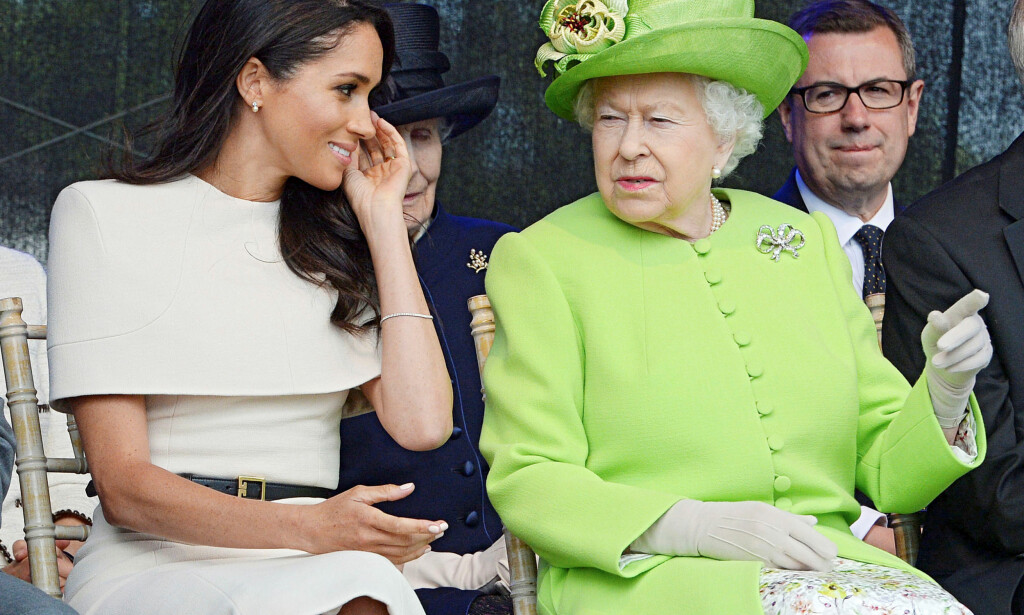 I GODT SELSKAP: Hertuginnen skal ha fått god kontakt med dronning Elizabeth (92), og blitt vant til den kongelige rollen. Likevel går det rykter om hennes angivelig vanskelige oppførsel. Foto: NTB Scanpix