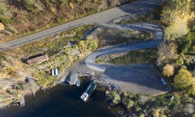 OVERSIKTSBILDE: Tomten til AUF ved Tyrifjorden. Lindberg tok bildet ved kaia rett til venstre for MS «Thorbjørn». Foto: Lars Eivind Bones / Dagbladet