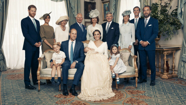 Total Gender: The British royal family gathered for photography in connection with the Kate and Williams baptism, whose last birth, was a little prince Louis. Photo: NTB ScanPix