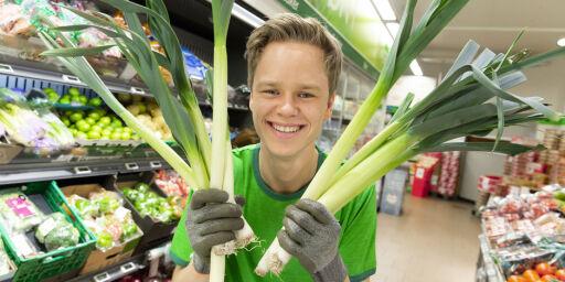 image: William (21) har autisme og er en ressurs i matbutikken: -Jobber med meg sjøl hver dag