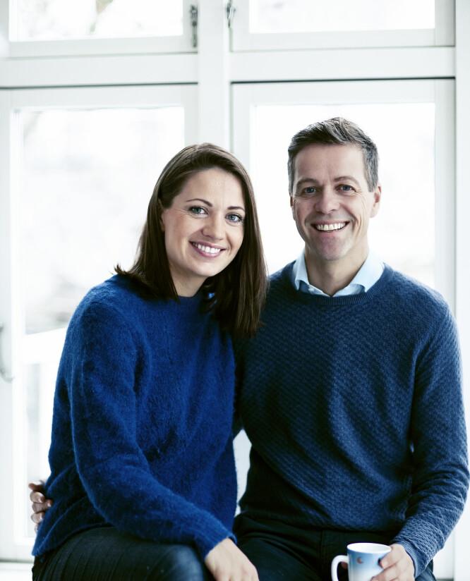 PARUTFORDRINGER: Lisa Maria og Knut Arild har kjent på grettenheten som oppstår når tidsklemma herjer som mest, men de kan le av den etterpå. FOTO: Astrid Waller