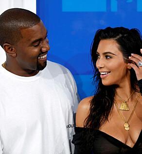 LYKKELIG GIFT: Kim Kardashian West og Kanye West giftet seg i 2014. Sammen har de døtrene North og Chicago og sønnen Saint. Foto: NTB scanpix