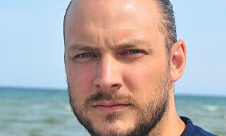 GALSKAP: Marinbiolog Fredrik Myhre synes det er galskap at vi kaster fra oss så mye søppel i naturen.