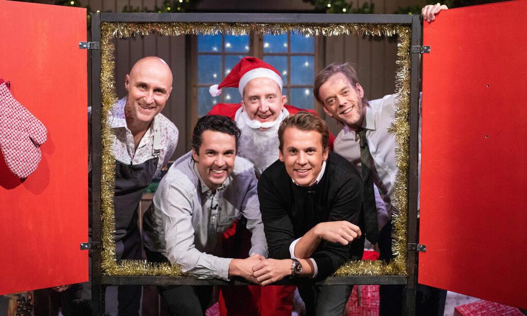 FULLE: I løpet av en kveld drakk denne gjengen 24 juleøl. Resultatet ble 24 episoder. Foto: TVNorge.