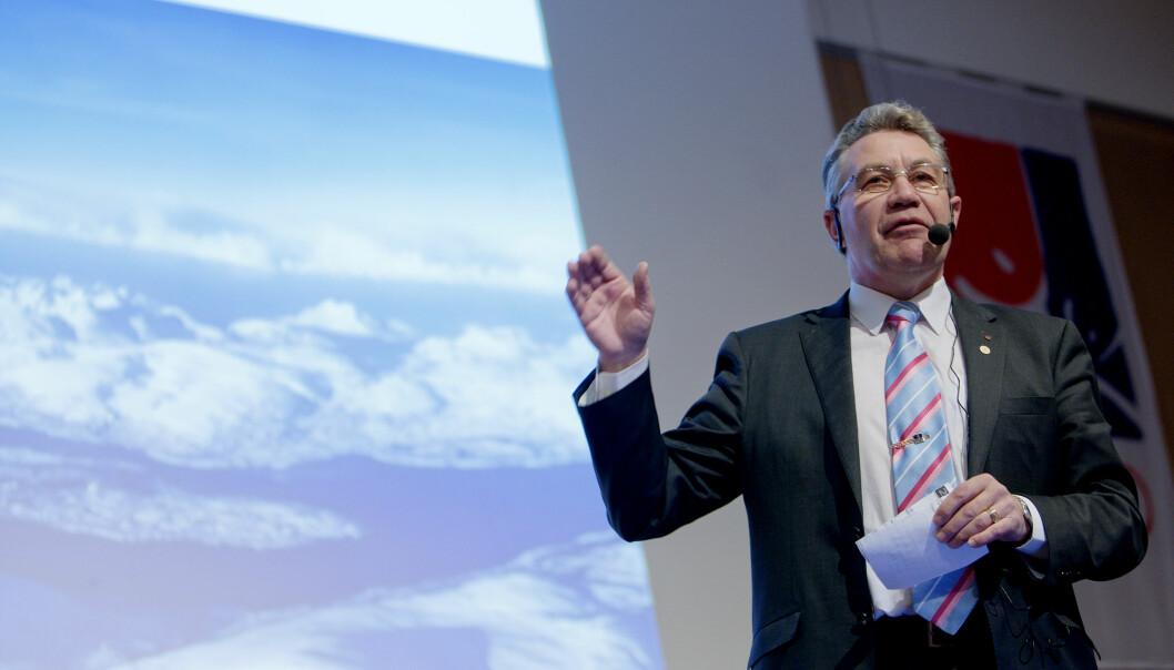 <strong>SIKTET:</strong> Fylkesmann i Troms, Svein Ludvigsen, under Tromsø 2018-seminaret på SAS-hotellet i Oslo. Foto: Stian Lysberg Solum / SCANPIX .