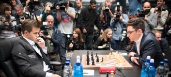 Magnus Carlsen fortsatt verdensmester - knusende overlegen i omspillet