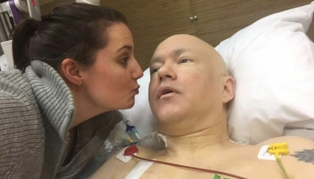 NYOPERERT: Dette bildet ble tatt rett etter en omfattende operasjon Roar gjorde etter at cellegiftbehandlingen var over. FOTO: Privat