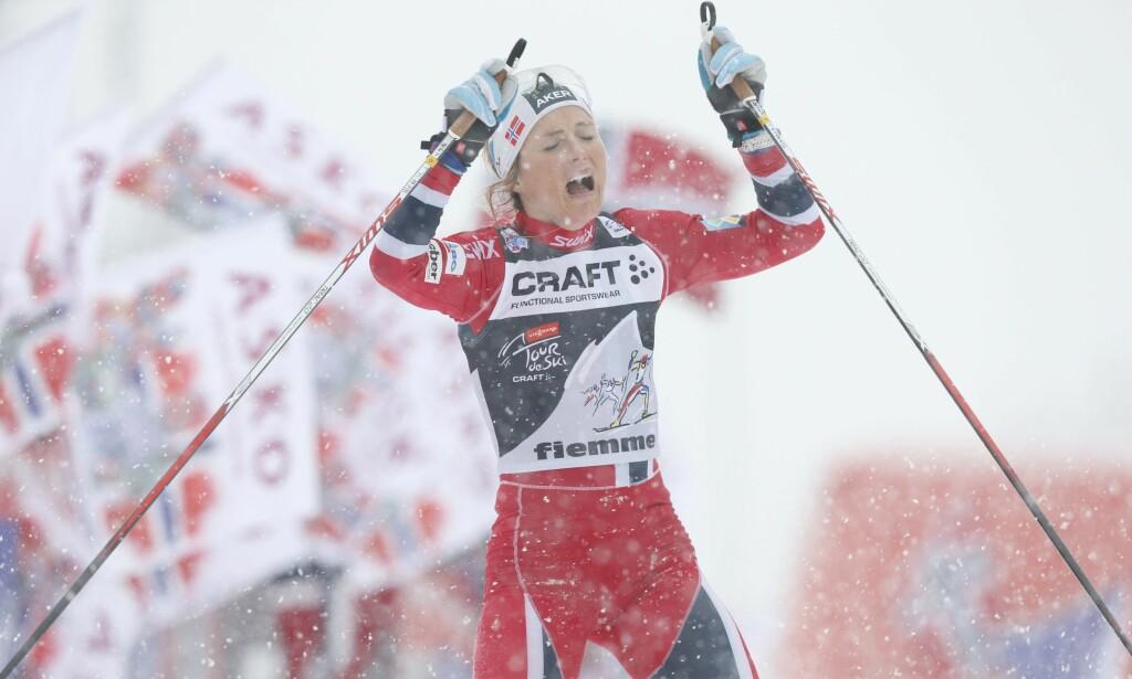 GLEDESTÅRER: I starten av femtiåra er det gledestårer over norske sportsresultater som gjelder, ifølge Tuftebarten. Her vinner Therese Johaug Tour de Ski i 2014. Foto: Terje Bendiksby / NTB scanpix