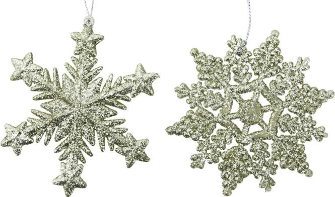 <strong>SNØKRYSTALLER:</strong> Disse flotte snøkrystallene kan man henge på juletreet eller andre steder i hjemmet. Kommer med flere ulike design.