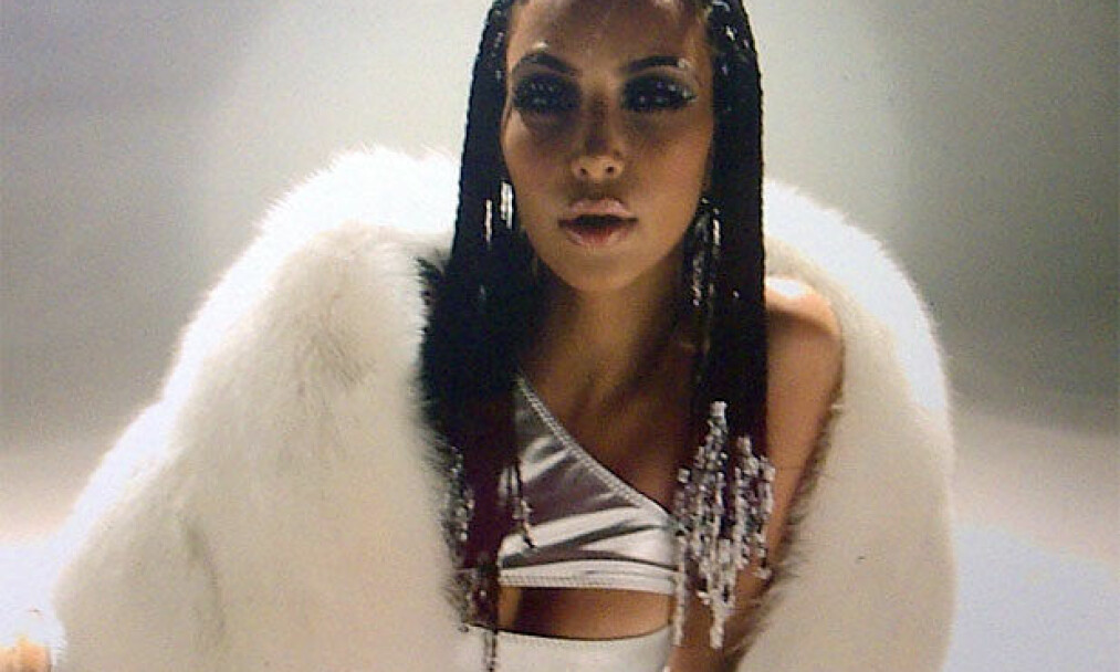LITE SUKSESS: Kim Kardashians låt «Jam (Turn It Up)» ble aldri noen landeplage etter at den ble gitt ut – med tilhørende musikkvideo! – for syv år siden. FOTO: Skjermdump