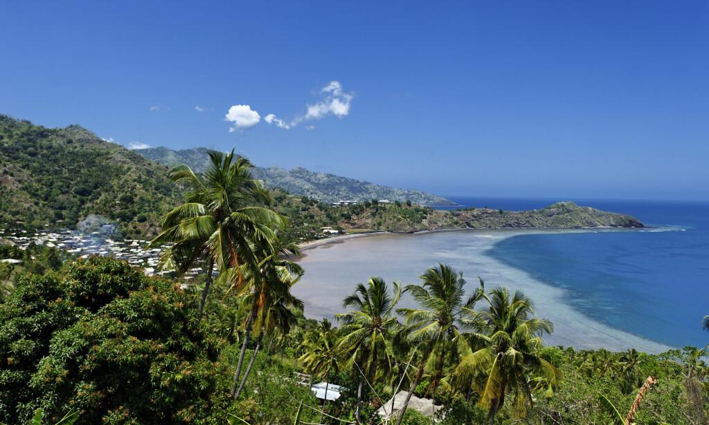 ØY: De mystiske seismiske bølgene skal ha oppstått drøye to mil utenfor kysten av den franske øya Mayotte, som ligger mellom Madagaskar og Afrikas østkyst. Foto: Hemis / NTB scanpix