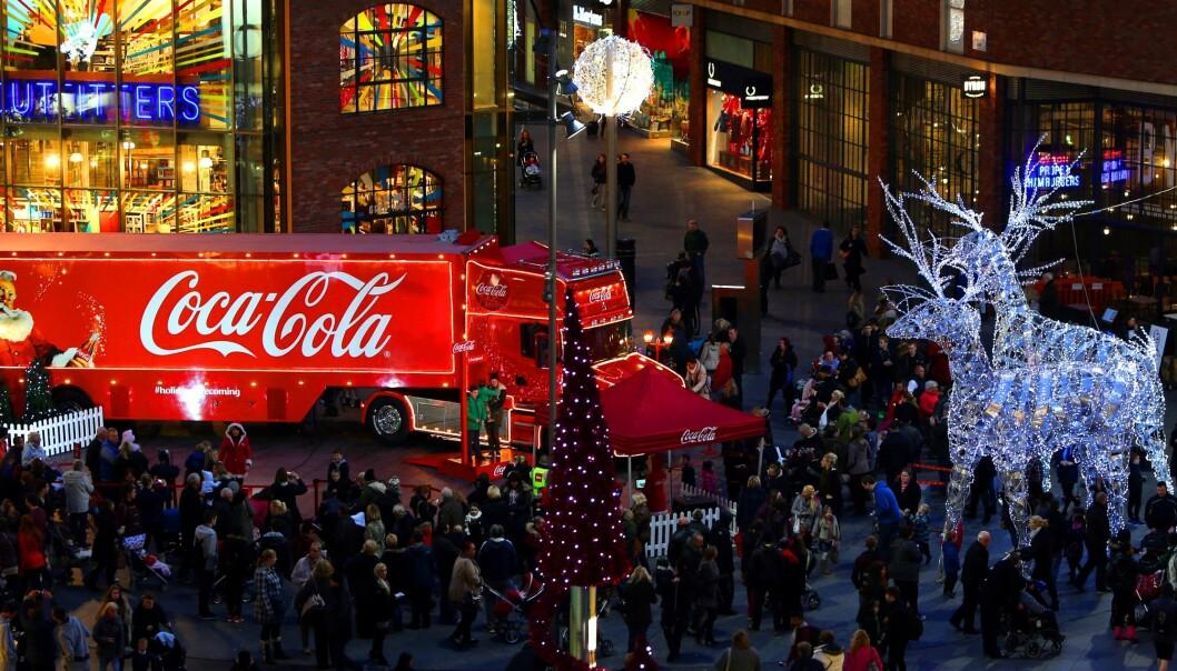PROVOSERER: Coca-Cola-traileren i Liverpool i 2017. I år stopper den ikke der. Foto: Beter Bryne / Pa Photos / NTB Scanpix