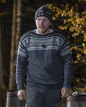PÅ VEI UT: Dagbladet var til stede under opptaket av «Farmen»-finalen i Finnskogen utenfor Kongsvinger. Her er han på vei ut av bildene. Foto: Tore Skaar