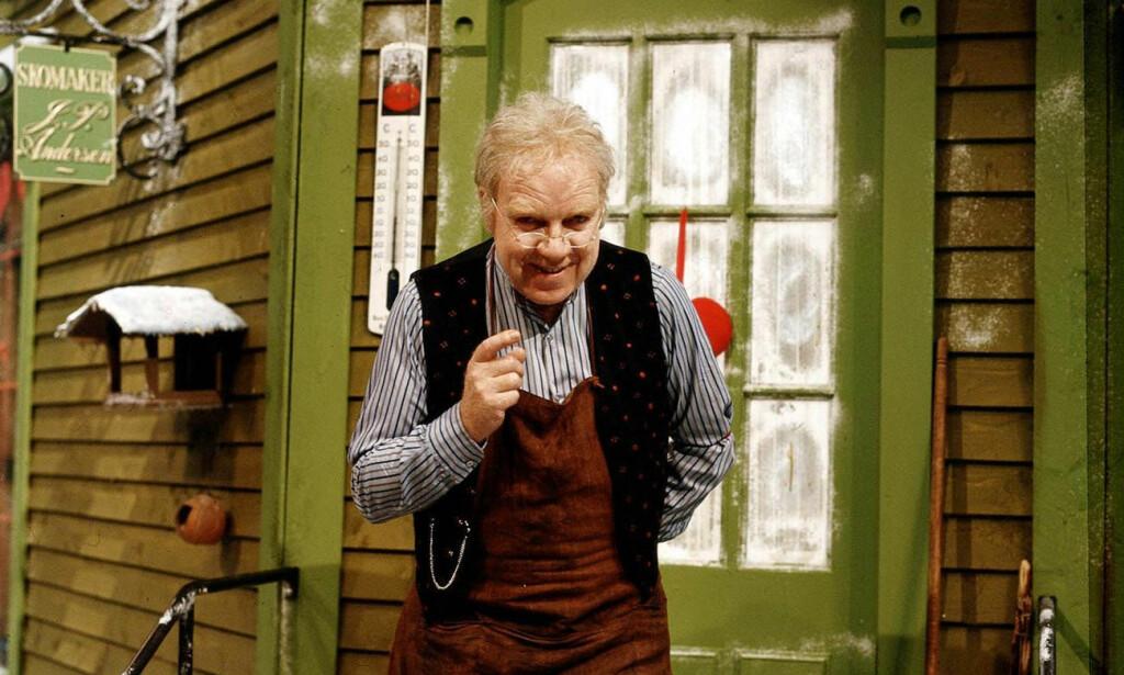 KLASSIKER: Neste år er det 40 år siden «Jul i Skomakergata» først ble vist på tv. Foto: Jan Nordby/NRK