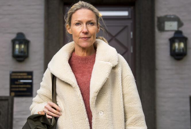 PÅ INNSIDEN: Denne vinteren er Helene Sandvig klar med runde tre av programmet «Helene sjekker inn». FOTO: NRK