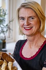 HYGGELIG: - Med denne deigen får du enkelt duften av hjemmebakst i huset, sier Torunn Nordbø i Opplysningskontoret for brød og korn.
