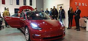 image: Tesla Model 3-prisene klare