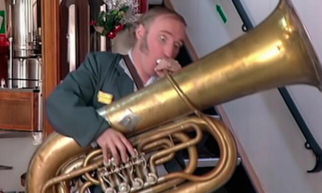 MUSIKALSK: Gjennom serien dukket det opp mange musikalske innslag. Foto: TV 2
