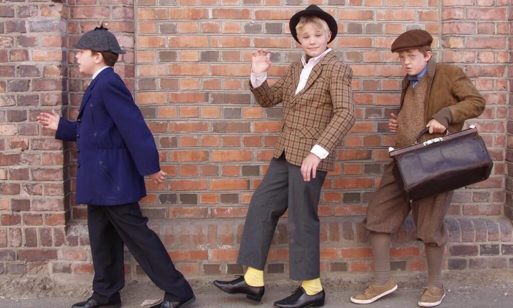 KLISS LIKE: De unge versjonene av Egon, Kjell og Benny er tro mot originalene, fra måten å snakke på til klærne de har på. Foto: TV 2