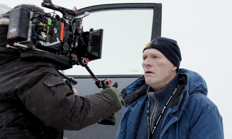 HOVEDROLLE: Skuespiller Sven Nordin spiller kriminaletterforsker William Wisting i tv-serien «Wisting», som er basert på krimbøkene til forfatter Jørn Lier Horst. Foto: Agnete Brun / Cinenord
