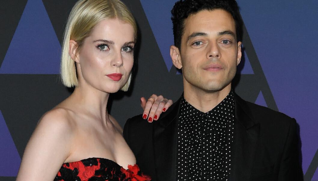 JOBB-ROMANSE: Rami Malek og Lucy Boynton skal ha forelsket seg på settet av suksessfilmen «Bohemian Rhapsody». FOTO: Scanpix