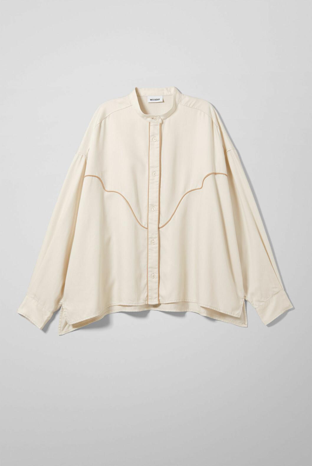Skjorte fra Weekday |450,-| https://www.weekday.com/en_sek/women/categories/new-arrivals/product.tessa-shirt-beige.0688362001.html