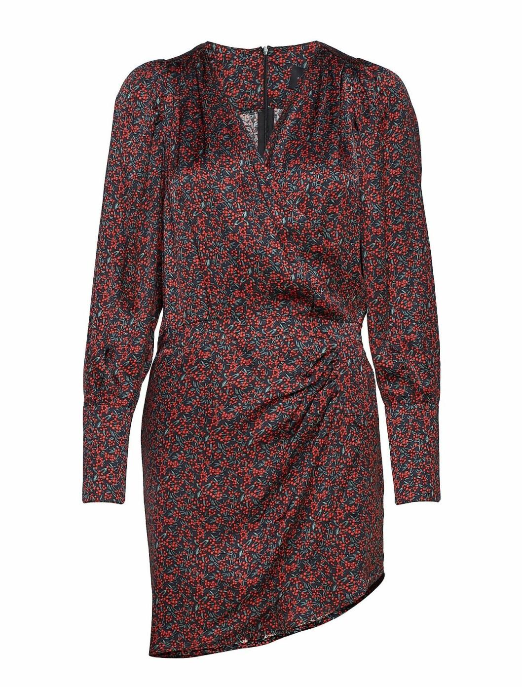 Kjole fra Birgitte Herskind |2099,-| https://www.boozt.com/no/no/birgitte-herskind/cheri-dress_19437452/19437454?path=67362&navId=67362&sNavId=67378&group=listing&position=1000000