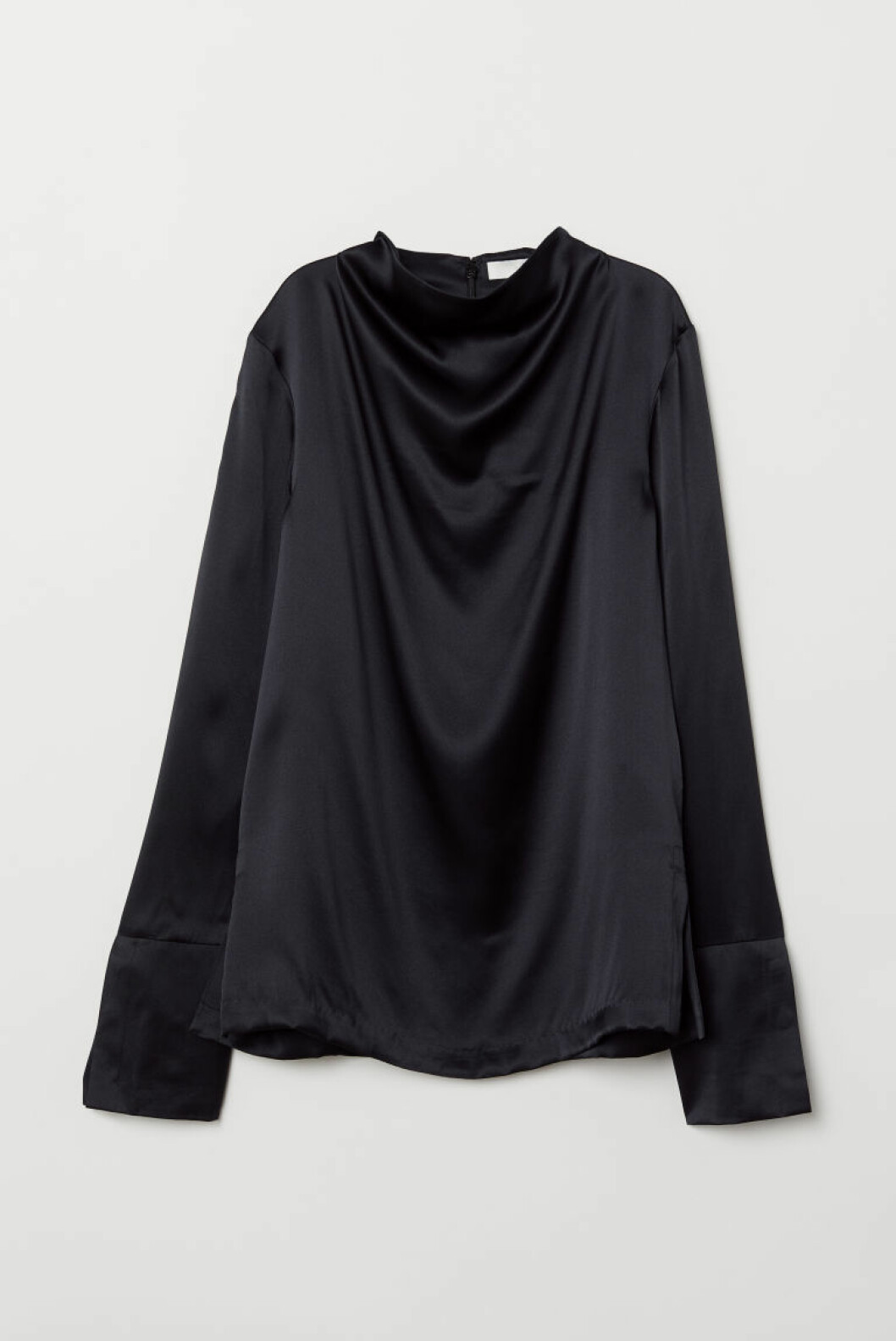 Silketopp fra H&M |1000,-| https://www2.hm.com/no_no/productpage.0699266002.html