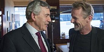 image: Tidligere statsminister fikk Harry Hole-pris