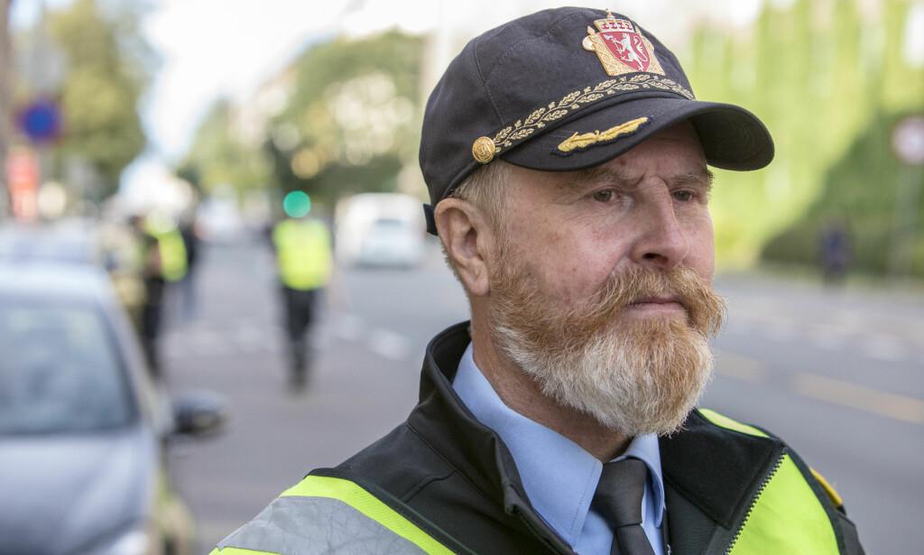 FORTVILER: Finn Erik Grønli i Trafikkorpset ved Oslo Politidistrikt forteller om en kamp som er nesten umulig å vinne. Foto: Berg-Rusten/NTBScanpix