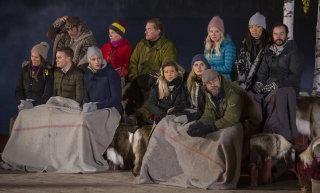 ØNSKER IKKE Å BLANDE SEG: De aller fleste deltakerne Dagbladet har snakket med synes det er vanskelig å uttale seg om finalebråket. Da dette bildet ble tatt var det få som visste hva som egentlig foregikk. Foto: Tore Skaar